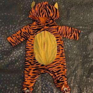 Tigger outfit